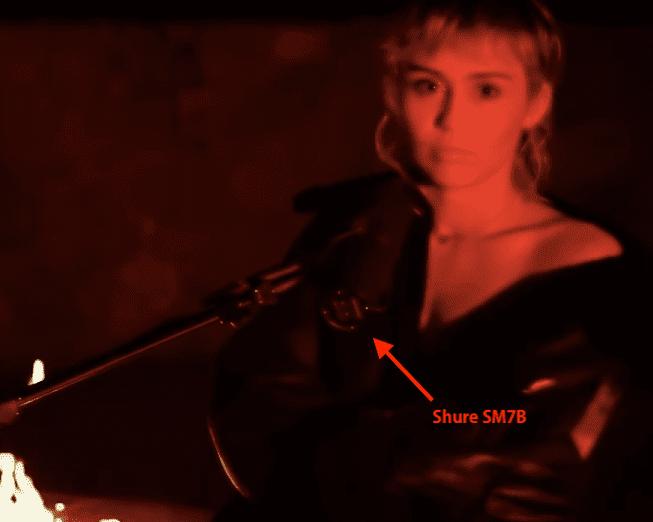 Miley Cyrus Shure Sm7b